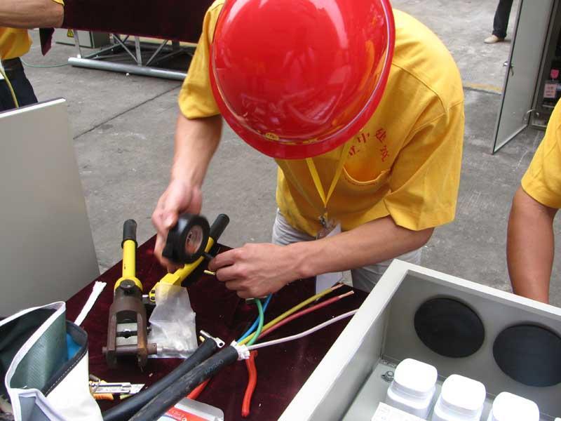 建筑工地电工证在深圳怎么报考的一般要多少钱呢?